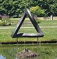 Sassenheim kunstwerk de onmogelijke driehoek.jpg