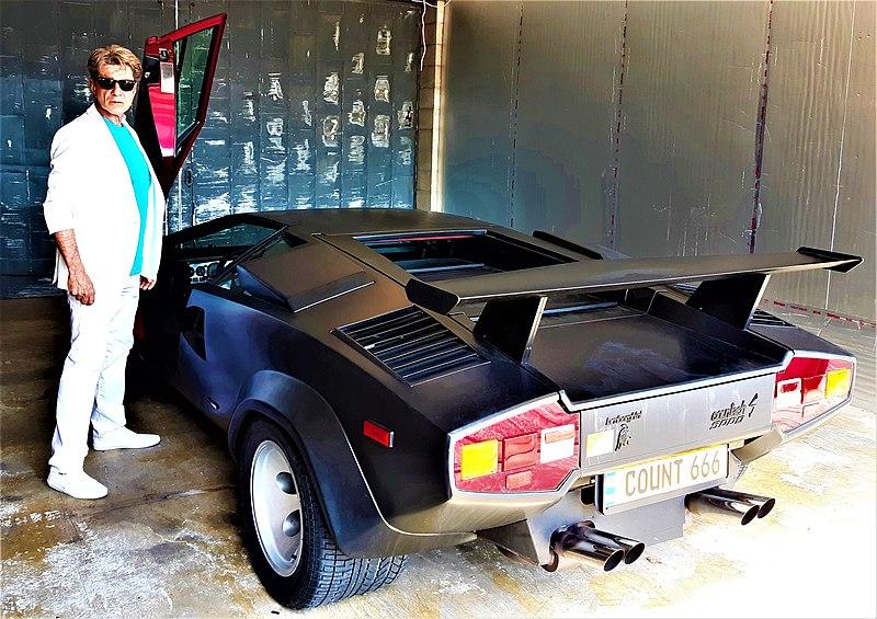 File:Serafino Cazzani Lamborghini Countach Miami Vice Party.jpg