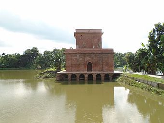 Side view of Hawa Khana.jpg