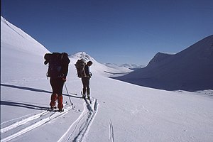 English: Ski descent from Lairig Ghru Superb s...