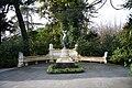 Sochi Arboretum statue.jpg