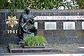 Solgutove Brothery Grave and Monumnet to WW2 Warriors 02 (YDS 0465).jpg