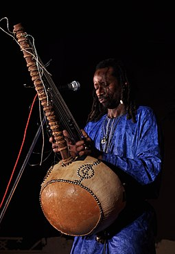 Kora player from Senegal Solo cissokho DSC 0448.JPG