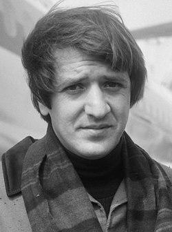 SonnyCher1966 (cropped).jpg