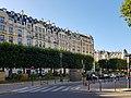 Square Lamartine côté est Paris.jpg
