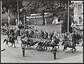 Staatsbezoek Franse president Coty aan Nederland. Rijtoer door Amsterdam, Bestanddeelnr 079-0482.jpg