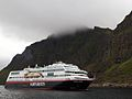 Stamsund Hurtigruten Trollfyord.jpg