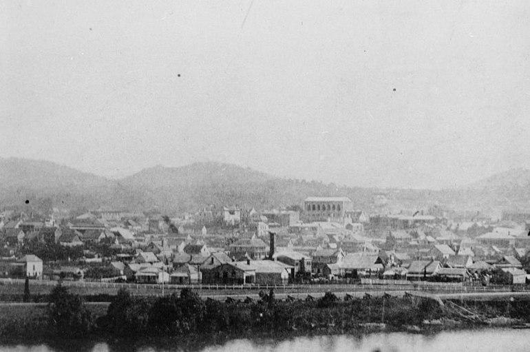 StateLibQld 1 175155 View of Brisbane from Kangaroo Point, ca. 1870