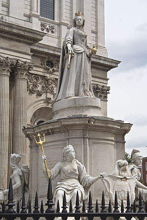 Statue of Queen Anne, St Paul's Churchyard - The statue in 2011
