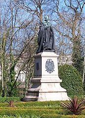 Statue of John Crichton-Stuart, 3rd Marquess of Bute