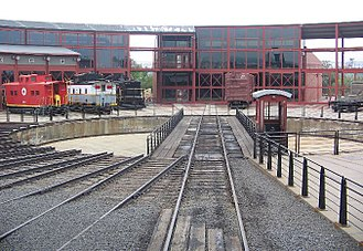 Steamtown National Historic Site - View of the turntable and museum / roundhouse