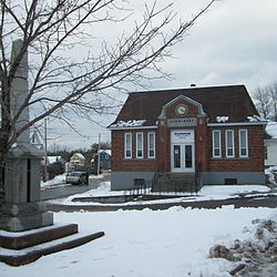 Stewiacke Town Hall and cenotaph