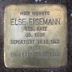 Photo of Else Eisemann brass plaque