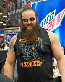 220px-Strowman_WrestleMania_32_Axxess.jp