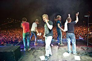 "Sunrise Avenue - From left: Riku Rajamaa, Osmo Ikonen (external member), Sami Osala, Samu Haber, Ilkka ""Raul"" Ruutu"