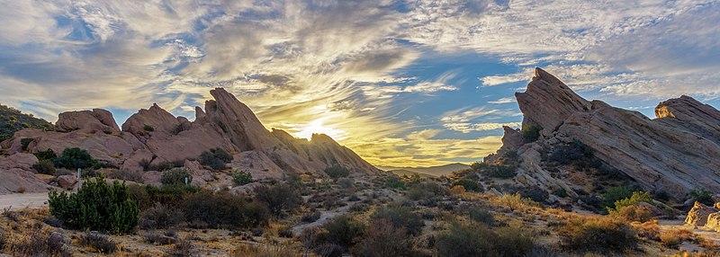 File:Sunrise at Vasquez Rocks Natural Area (30806542372).jpg