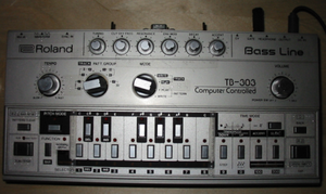 TB303-midi-frontview.png