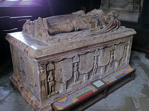Francis Hastings, 2nd Earl of Huntingdon - Alabaster tomb of Francis Hastings, 2nd Earl of Huntingdon in St Helen's Church, Ashby-de-la-Zouch