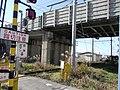 Takamiya Bi (Ohmi Railway Taga Line over Tokaido Shinkansen) 02.jpg
