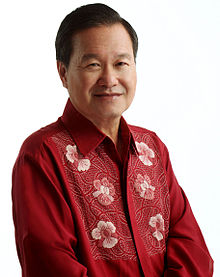 Tan-Kin-Lian-wearing-orchid-shirt.jpg