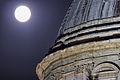 Tempio della Consolazione luna primo piano.jpg