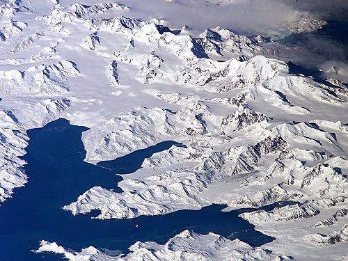 Central South Georgia: Cumberland Bay; Thatcher Peninsula with King Edward Cove (Grytviken); Allardyce Range with the summit Mt. Paget (NASA imagery). Thatcher-Peninsula.jpg