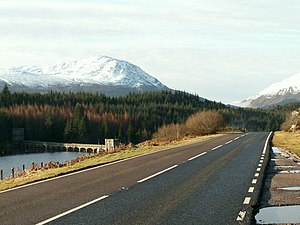 A86 road - The A86 at Loch Laggan