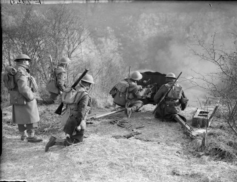File:The British Army in France 1940 F2149.jpg
