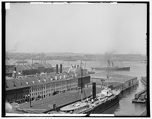 Central Wharf (Boston) - Image: The Harbor and waterfront, Boston, Mass., plate 09978
