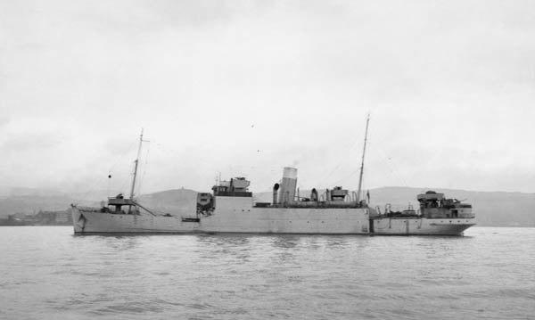 The convoy rescue ship Rathlin (6105339735)