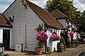 Theydon Oak pub at Coopersale Street hamlet, Essex, England 01.jpg