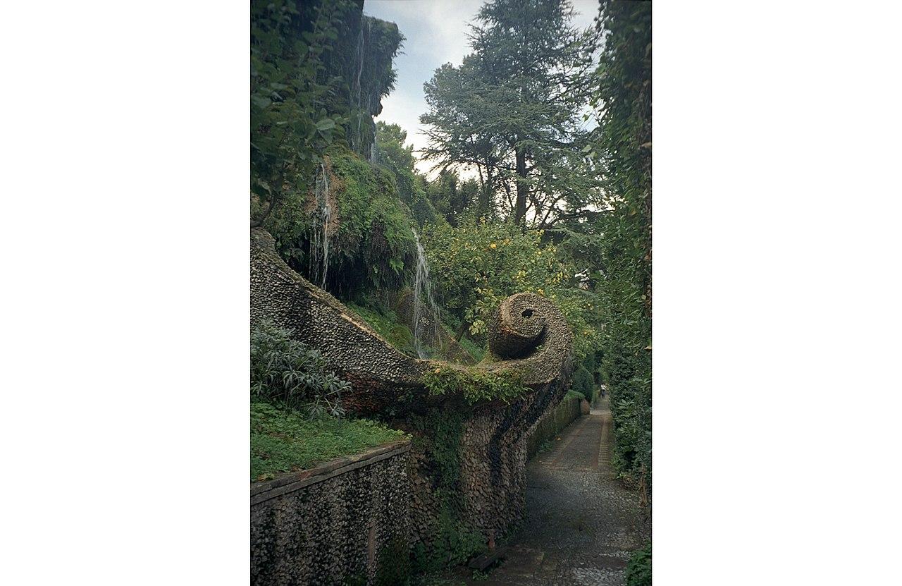 Fontana del Bicchierone Wielki kielich