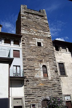 A tower house in Malonno.
