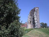 Toulouse-le-Château - ruines du château et église.JPG