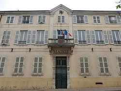 Town hall of Belleville (Rhône).JPG