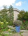 U.S. Botanic Garden in October (23782308326).jpg