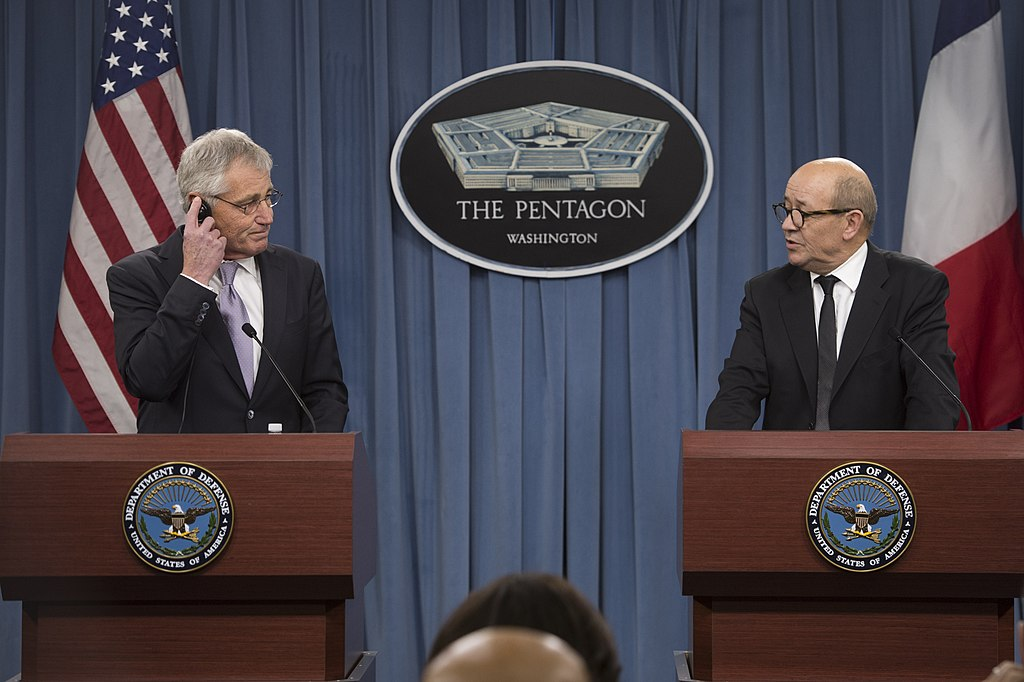 U.S. Defense Secretary Chuck Hagel and French Defense Minister Jean-Yves Le Drian conduct a joint press conference at the Pentagon, Jan. 24, 2014. Hagel reaffirmed the enduring security relationship between the U.S. and France, its oldest ally. (Defense.gov)