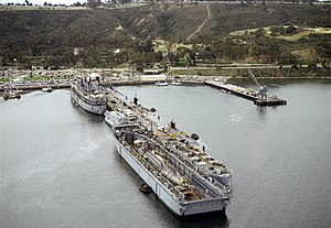 USS Sperry (AS-12) and floating drydock with sub at San Diego 1981.JPEG