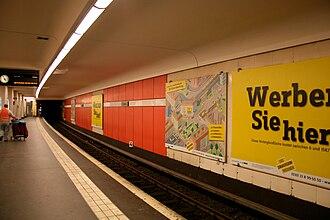 U7 (Berlin U-Bahn) - Rudow terminus station platform.