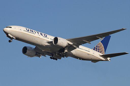 United Airlines 777 N79011