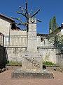 Valeille - Monument aux morts.jpg