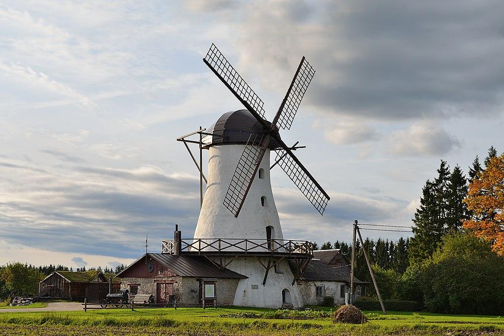 Valtu mõisa -Puraviku- tuuleveski.jpg