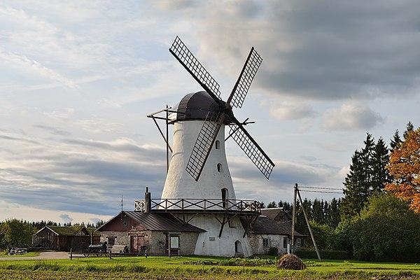 Windmill in Valtu manor.