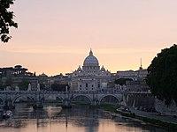 Vatican Tiber View 2003-06-08.jpg