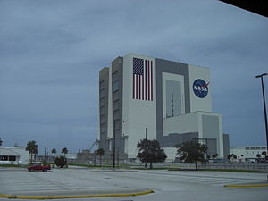 Vehicle Assembly Building, Kennedy Space Center, Florida, USA1.jpg
