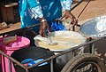 Vendeuse de bouillie de mil 07.jpg