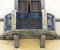 Via la farina 21, terratetto con balcone liberty 02.JPG