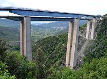 Il viadotto Rago