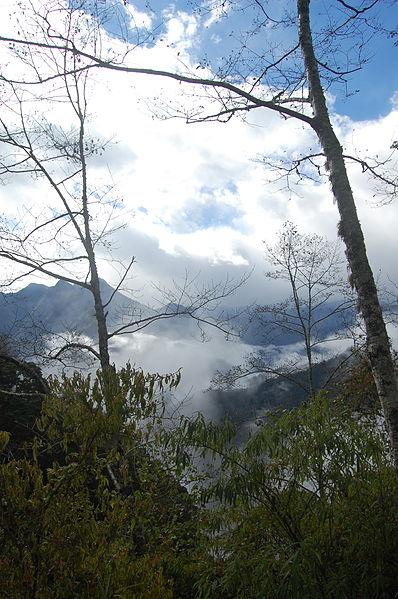 File:View From Sinbaiyang in Hehuanshan (5453884498).jpg
