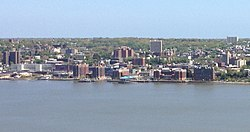 View of Yonkers from the New Jersey Palisades (2).jpg